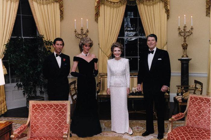 Κάρολος και Νταϊάνα σε συνάντηση με τους Ρόναλντ και Νάνσι Ρήγκαν το 1985