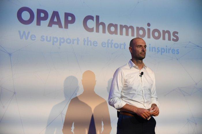 O Πετρ Ματεγιόφσκι, Chief Customer Officer ΟΠΑΠ, παρουσιάζει το χορηγικό πρόγραμμα «OPAP Champions»