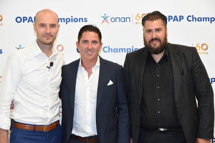 (από αριστερά προς τα δεξιά): Πετρ Ματεγιόφσκι, Chief Customer Officer ΟΠΑΠ, Τσάβι Πασκουάλ, Προπονητής ΚΑΕ Παναθηναϊκός ΟΠΑΠ, Αριστείδης Χριστόπουλος, Εμπορικός Διευθυντής ΚΑΕ Παναθηναϊκός ΟΠΑΠ