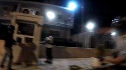 Η στιγμή της επίθεσης του Ρουβίκωνα στην πρεσβεία του Ιράν