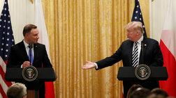 Ο Τραμπ θέλει μόνιμη στρατιωτική βάση στην Πολωνία