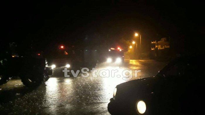 Ο κυκλώνας «έπνιξε» και την Εύβοια, πλημμύρες και εγκλωβισμοί - εικόνα 2