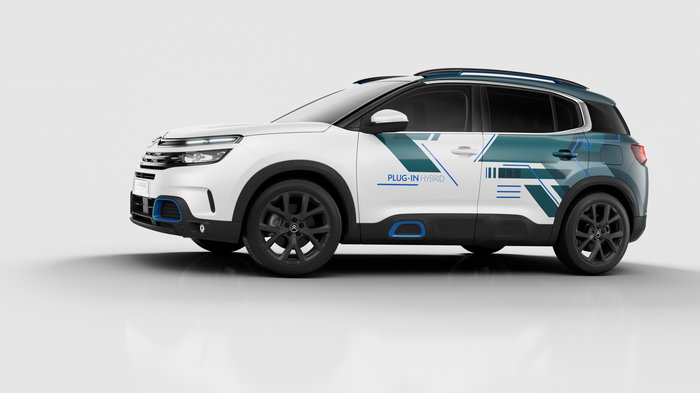 Παρίσι: Η Citroen στο «σαλόνι της» με το υβριδικό C5 Aircross Hybrid