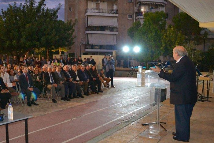 Ο Πρόεδρος της Βουλής, Νικόλαος Βούτσης, στο βήμα του ομιλητή.