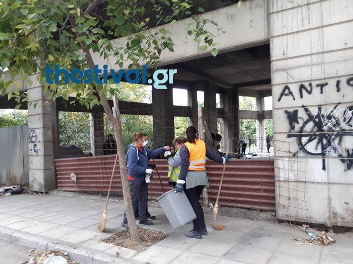 Θεσσαλονίκη: Επιχείρηση της αστυνομίας σε κτίριο με μετανάστες [Βίντεο] - εικόνα 3
