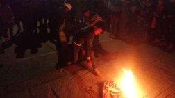 Όχλος έκαψε ζωντανό ύποπτο για κλοπή στο Περού (σκληρές εικόνες)