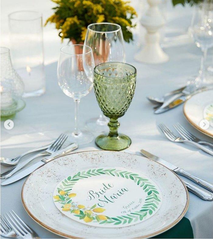 Γάμος Μενούνος: Υπερπαραγωγή Σκαρμούτσου με 1.500 λεμόνια & κρητικό μενού - εικόνα 7