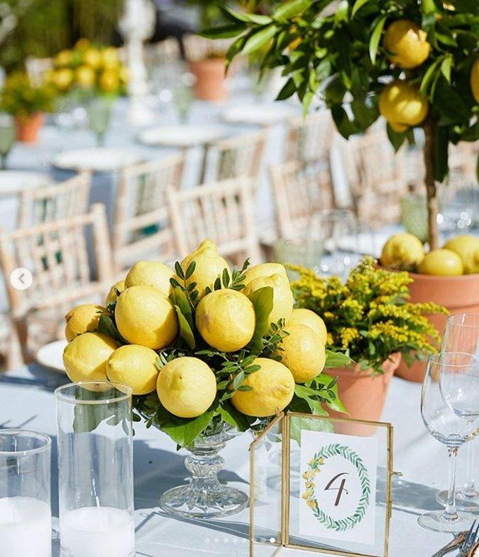 Γάμος Μενούνος: Υπερπαραγωγή Σκαρμούτσου με 1.500 λεμόνια & κρητικό μενού - εικόνα 9