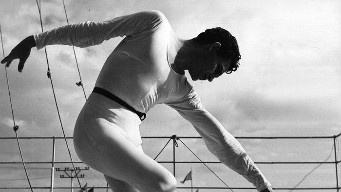 Ο Ιόλας χορευτής φωτογραφημένος από τον Herbert List