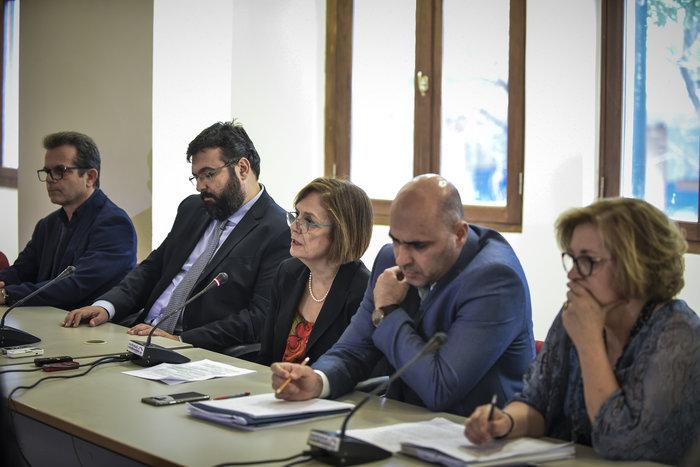 (Από αριστερά) Ιούλιος Συναδινός, Γιώργος Βασιλειάδης, Μυρσίνη Ζορμπά, Κωνσταντίνος Στρατής, Μαρία Ανδρεαδάκη Βλαζάκη