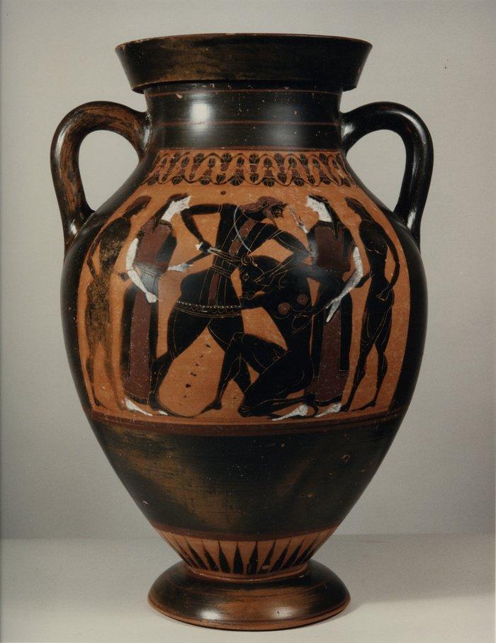 Υποπτος αμφορέας σε sale του Christie's εντοπίζεται από Ελληνα αρχαιολόγο