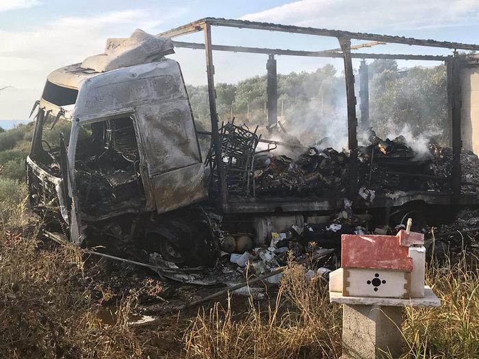 Σε διακίνηση μεταναστών το βαν της τραγωδίας στην Καβάλα-11 νεκροί