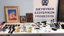 Σε διαθεσιμότητα οι δύο αστυνομικοί που εμπλέκονται στο κύκλωμα ναρκωτικών