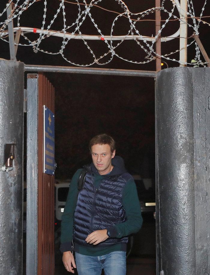 Αποφυλακίστηκε ο Ρώσος αντιφρονών Αλεξέι Ναβάλνι [Εικόνες] - εικόνα 2