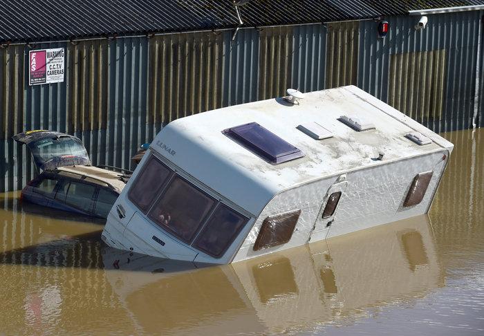 Βρετανία: Δύο νεκροί από την καταιγίδα Κάλουμ