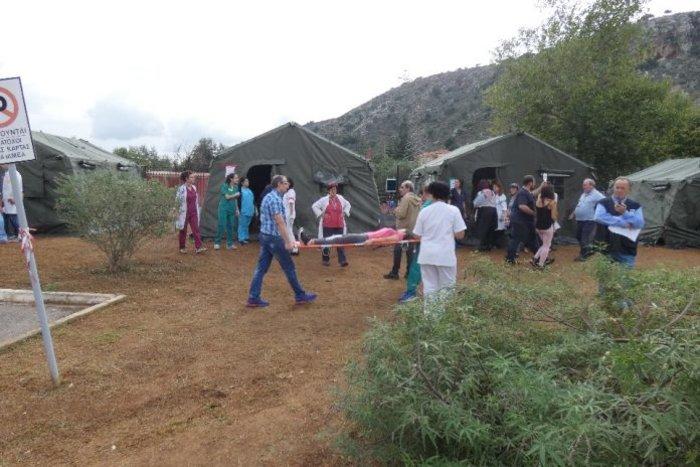 Χανιά: Άσκηση ετοιμότητας με εκκένωση και απεγκλωβισμούς-βίντεο
