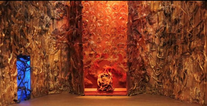 Μαγικοί μικρόκοσμοι στο Σπίτι της Κύπρου από 27 καλλιτέχνες - εικόνα 2