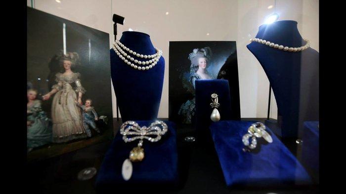 Μαρία Αντουανέτα: Τα μυθικής αξίας κοσμήματα της ατίθασης βασίλισσας