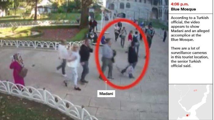 Aποκάλυψη CNN: Σαουδάραβας ντυμένος «Κασόγκι» μετά την δολοφονία - εικόνα 6