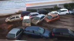 Κως: Χείμαρρος παρέσυρε στο πέρασμα του 15 αυτοκίνητα (φωτό & βίντεο)