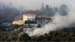 Φωτιά Σιθωνία: Εγκαταλείπουν τα σπίτια τους οι κάτοικοι
