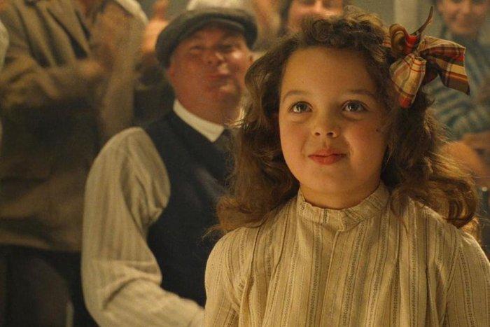 Το αγαπημένο κοριτσάκι του Ντι Κάπριο στoν Τιτανικό, μεγάλωσε- Δείτε την