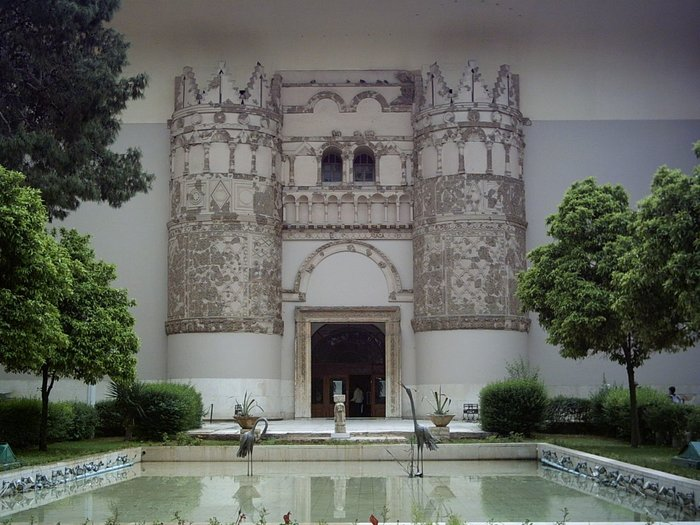 H Συρία άνοιξε ξανά το περίφημο αρχαιολογικό μουσείο της Δαμασκού - εικόνα 3