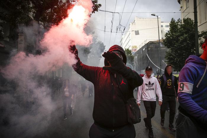 Ένταση και επεισόδια στο μαθητικό συλαλλητήριο στην Αθήνα