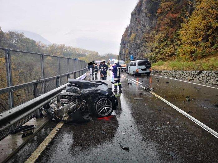 Audi R8 ψάχνει… το άλλο του μισό - εικόνα 4