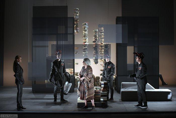 Το συγκλονιστικό Φαρενάιτ 451 στο Θέατρο Πόρτα - εικόνα 2