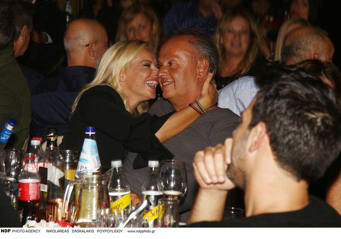 Η Μαρία Μπεκατώρου λατρεύει τον σύζυγό της: Οι τρυφερές στιγμές τους - εικόνα 3