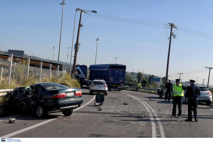 Δύο νεκροί σε τροχαίο στην παλαιά εθνική Αθηνών-Κορίνθου - εικόνα 3