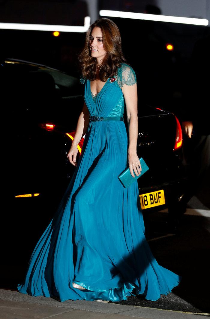 Σταρ του Χόλιγουντ η Κέιτ: Με ρομαντικό φόρεμα στο κόκκινο χαλί [Εικόνες]