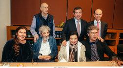 Ολη η Αθήνα παρέλασε στην παρουσίαση του βιβλίου του Τάκη Μαυρωτά