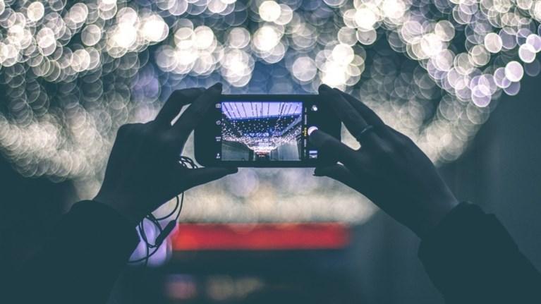 i-kuriarxia-tou-smartphone-apeileitai