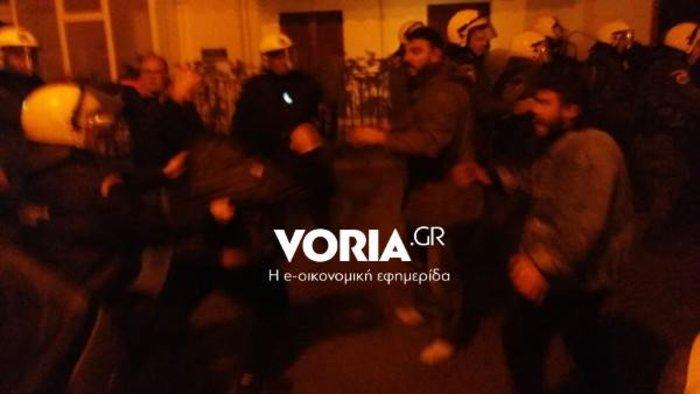 Θεσσαλονίκη: Ματαιώθηκε εκδήλωση με τον Γαβρόγλου λόγω έντασης (βίντεο)
