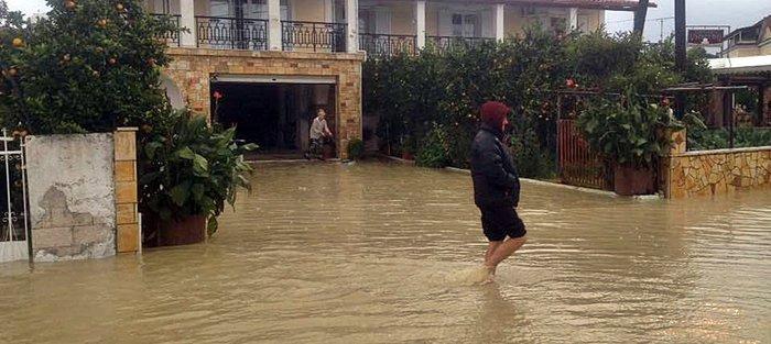 Πλημμύρισαν περιοχές της Ζακύνθου (φωτό και βίντεο)