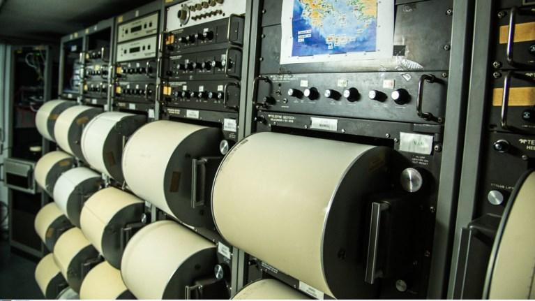 neos-seismos-sto-ionio---41-rixter