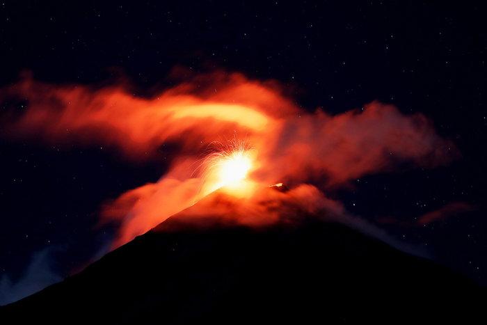 Συναγερμός στην Γουατεμάλα για το ηφαίστειo Φουέγο - εικόνα 2