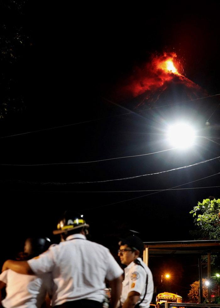 Συναγερμός στην Γουατεμάλα για το ηφαίστειo Φουέγο