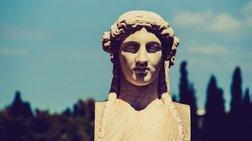 prosfuges-apotupwnoun-ta-mnimeia-tis-athinas