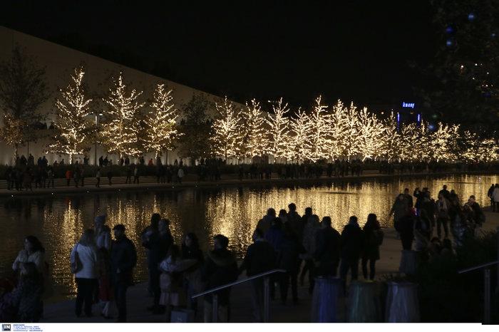 Χριστούγεννα στο ΚΠΙΣΝ: δωρεάν παγοδρόμιο, τσίρκο, συναυλίες - εικόνα 2