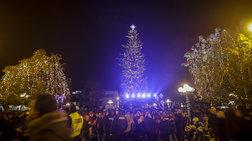 Στα Τρίκαλα το πιο ψηλό χριστουγεννιάτικο δέντρο στην Ελλάδα