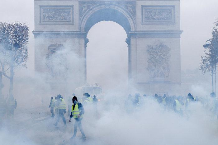 Επεισόδια στο Παρίσι: Ρεκόρ με 412 συλλήψεις και 133 τραυματίες - εικόνα 2