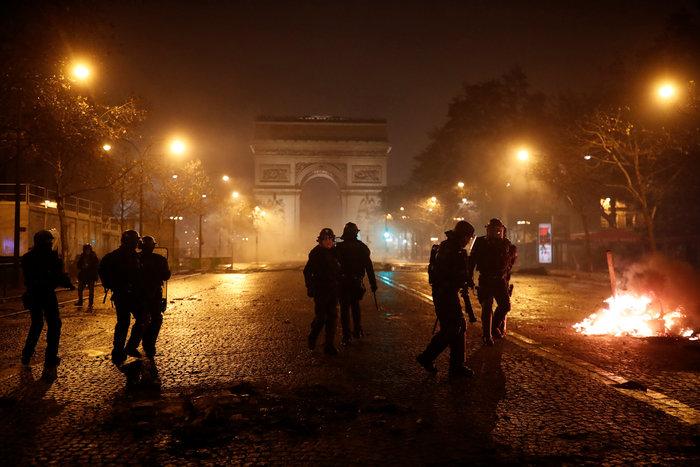 Επεισόδια στο Παρίσι: Ρεκόρ με 412 συλλήψεις και 133 τραυματίες - εικόνα 5