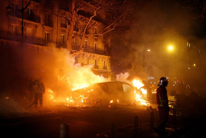 Επεισόδια στο Παρίσι: Ρεκόρ με 412 συλλήψεις και 133 τραυματίες - εικόνα 6