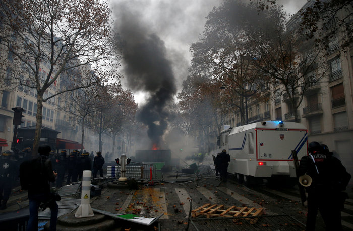 Γαλλία: Δε συζητήθηκε η επιβολή κατάστασης έκτακτης ανάγκης (φωτό) - εικόνα 2