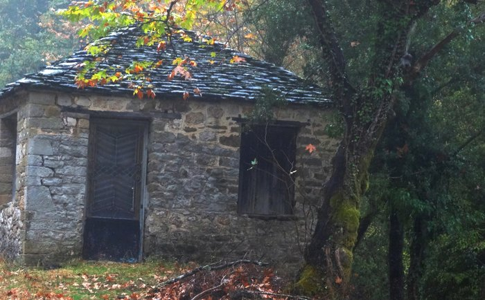 Σπίτια ξεχασμένα στο χθες