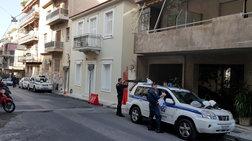 Νέα επίθεση με μολότοφ στο σπίτι του Αλέκου Φλαμπουράρη στα Εξάρχεια