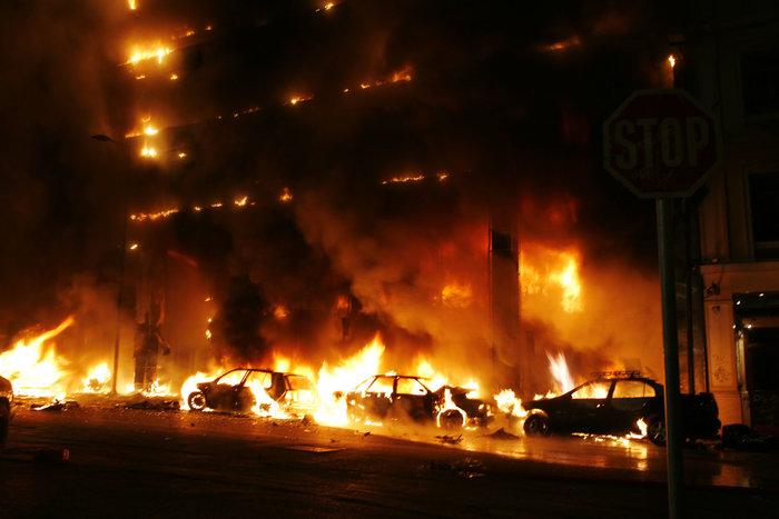 Δολοφονία Γρηγορόπουλου: Οι ημέρες που συγκλόνισαν την Ελλάδα - εικόνα 2